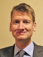 Dr. Roderick van den Bergh
